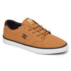 DC Shoes Nyjah Vulc TX wheat pro Huston skate shoes 85,00 € #dc #dcshoes #dcshoecousa #dcskateboarding #skate #skateboard #skateboarding #streetshop #skateshop @playskateshop