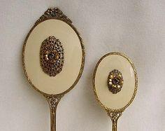 Vintage Altın ormolu Dresser Vanity Set Ayna Fırça Kullanılmayan 24 KT Altın Kaplama Yaldız tarafından Globe Çiçek Ve Bow Dekorasyon Etiket Guilloche Nane