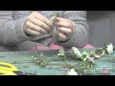 Coronita de Flores Naturales en La Sastrería de las Flores - YouTube