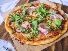 Kvásková pizza - Zo srdca do hrnca Vegetable Pizza, Bread, Vegetables, Food, Basket, Brot, Essen, Vegetable Recipes, Baking
