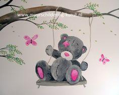 Babykamer muurschildering beertje