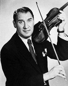 Henny Youngman was a comedian cum violinist famous for his rapid-fire one-liners. This biography of Henny Youngman provides detailed information about his childhood, life, achievements, works & timeline. Jewish Comedians, Henny Youngman, Abbott And Costello, Women In Leadership, Stand Up Comedians, People Laughing, I Give Up, One Liner, Funny People