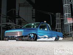 Mini Truckin' Nissan Hardbody
