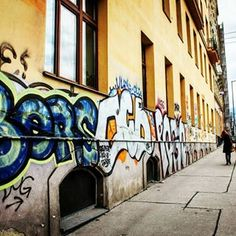 Walking the streets of #Vienna with my favourites...