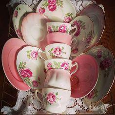 #vintage #teacups #teatime #teaparty #oldteacups #vintageteacups #finechina #bonechina #brocante #antique #frenchstyle #vintagestyle #vintagedecor #shabbychic #pinkrose #pink #lace #tv_retro #tv_stilllife #almostperfect_vintage #igw_vintage #tv_closeup #vintagefrench #infinity_oldvintage #antique_r_us #9vaga_shabbysoft9