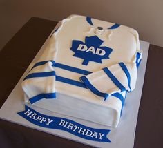 I made this hockey jersey cake for a TML fan. Cake was a Have a great day everyone! Hockey Birthday Cake, Dad Birthday Cakes, Man Birthday, Fun Cupcakes, Cupcake Cakes, Cake Icing Techniques, One Tier Cake, Hockey Cakes, Dad Cake