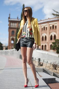 notonmyclothes:  what-id-wear:  (original: Made With Fashion)  Love these hot pants, and red shoes again, hmm perhaps
