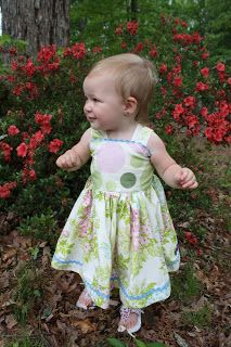 Sweet Pea and Pumkins: The Carolina Dress Print out pattern & Supply list