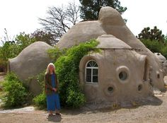 Earth Bag Dome Home Coil Pot Style Construction With Sand Bags Covered Adobe
