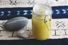 DIY Peppermint & Lemon Foot Scrub