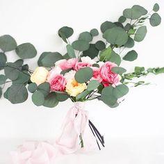 Este maravilloso ramo de flores preservadas de Anna de @floritismo me ha enamorado! Pasad por su blog si queréis leer el post al detalle que no tiene desperdicio!  #handdyedsilkribbon #silkribbon