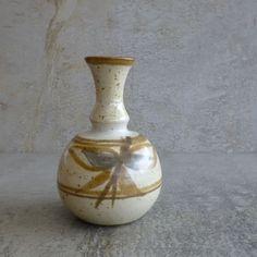 Montville Pottery. Australian studio pottery.