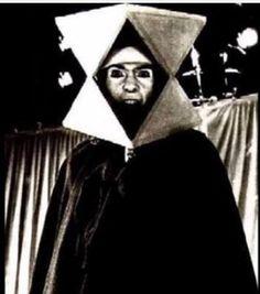 Watcher Of The Skies- Genesis - Peter Gabriel