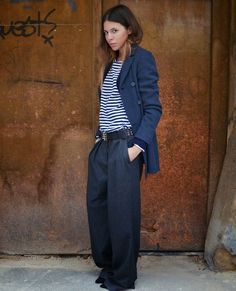 Loose oversized suit + striped tee