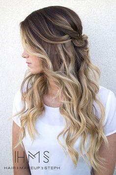 Blonde Highlights on Brunette Hair | 11 Bombshell Blonde Highlights For Dark Hair - Best Hair Color Ideas by Makeup Tutorials at http://makeuptutorials.com/11-bombshell-blonde-highlights-dark-hair/