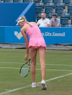 Female Volleyball Players, Tennis Players Female, Naomi Broady, Beautiful Athletes, Tennis Championships, Female Gymnast, Girl Bottoms, Cheer Pictures, Fitness Women