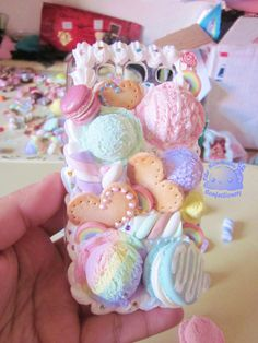 Non Dairy Confectionery - Cute fake food - Desserts - Dessert Recipes Kawaii Crafts, Kawaii Diy, Kawaii Shop, Cute Crafts, Diy And Crafts, Kawaii Phone Case, Decoden Phone Case, Girly Phone Cases, Diy Phone Case