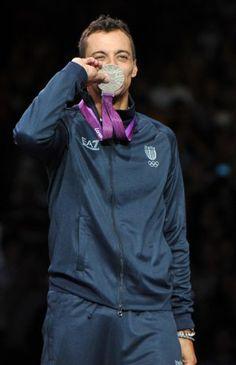 Diego Occhiuzzi è medaglia d'argento nella sciabola. Grandi emozioni!