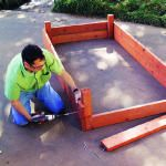 I can tell you that these ARE truly Easy Peasy! ~~ Another Pinner Said: How to Build a Raised Bed - Built a couple of these today. Easy!