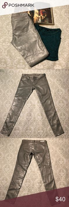 Express Silver Stella Jean Leggings Lovely silver Express Stella Skinny Jean Leggings in size 6. Almost metallic like.  Measurements Rise: 8 inches  Inseam: 30 inches  Waist: 15.5 inches Express Jeans Skinny