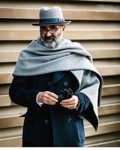"sprezzaturaeleganza: ""Pitti Uomo 91 Photo by Jkf_man (Jamie Ferguson) "" Der Gentleman, Gentleman Style, Sharp Dressed Man, Well Dressed Men, Style Masculin, How To Wear Scarves, Beard Styles, British Style, Stylish Men"