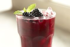 Blackberry Mint Iced Tea