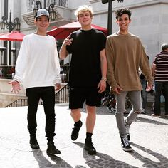 After 6 months of waiting, they're moving in with the rest of the squad tomorrow welcome my brotha's @lucas_dobre & @marcusdobre Jack Paul, Marcus And Lucas, Lucas Dobre, Marcus Dobre, Cute Twins, Album, Funny Memes, Normcore, Mens Fashion