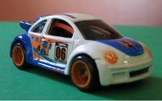 Hot Wheels Treasure Hunt Volkswagen New Beetle Cup 2006 loose - Diecast-Modern Manufacture