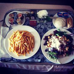 Hotel Roomservice: Fries & Ceaser Salad @ Sheraton Mirasierra, Madrid