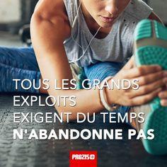Tous les grands exploits exigent du temps n'abandonne pas Motivation Regime, Sport Motivation, Fitness Motivation, Citations Sport, Theme Sport, Ambition, Asics, Idea Box, Positivity