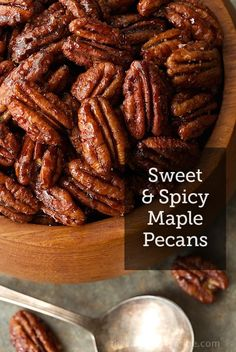Sweet and Spicy Maple Pecans - the most deliciously addicting snack, salad topper, cocktail nibble ever! You will find yourself going back for more! Macaroons, Pecan Recipes, Cooking Recipes, Appetizer Recipes, Appetizers, Dinner Recipes, Breakfast Desayunos, Spiced Nuts, Healthy Snacks