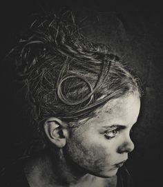 Andreas Smaaland. Zwart En Wit Fotografie, Portretfotografie, Vintage Fotografie, Graffiti Kunstwerk, Zwart En Wit, Figuurlijk, Kunst, Gezichten, Fotografie