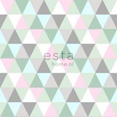 (Hinta €/RLL) Esta Home Everybody Bonjour -tuotesarjan Triangles Pink, Mint & Grey-tapetti, koko: 53 cm x m. Triangles-tapetissa on upeat pinkin, mintu Green Soap, Design Repeats, Designers Guild, Home Wallpaper, Vintage Labels, Kidsroom, Girl Room, Triangles, Toddler Girls