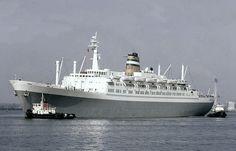 HAL de S.S. Statendam Bij Southampton 1960 Holland America Line, Southampton, Boat, Ocean, Cruise Ships, Classic, Vintage, Ship Paintings, Boats