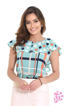 Blouse Patterns, Blouse Designs, Moda Chic, Office Fashion, Blouse Styles, Women's Summer Fashion, Work Casual, Fashion Dresses, Cute Outfits