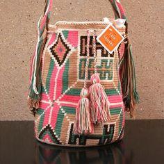 A-1-wayuu-bags-colombia-handmade-crochet-tribal-patterns-purse.JPG (500×500)