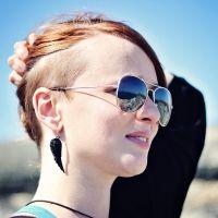 Mirrored Sunglasses, Sunglasses Women, Portrait, Fashion, Moda, Headshot Photography, Fashion Styles, Portrait Paintings, Fashion Illustrations