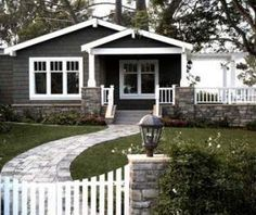 New Exterior House Colors Ranch Style Curb Appeal Ideas Exterior Siding Colors, Exterior House Siding, Best Exterior Paint, Stucco Homes, Exterior Paint Colors For House, Paint Colors For Home, Exterior Design, Paint Colours, Diy Exterior