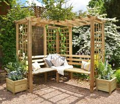 Build your own garden arbor bench from these 45 DIY Kits or use design ideas as inspiration. Pergola style, corner, lattice & under seat storage designs. Corner Pergola, Pergola Patio, Backyard Landscaping, Pergola Kits, Pergola Shade, Wisteria Pergola, Black Pergola, Modern Pergola, Metal Pergola