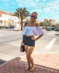 KUVIA ESPANJASTA + KUULUMISIA   LOVE KATARIINA Off Shoulder Blouse, Beautiful Women, Warm, Lifestyle, Christmas, Inspiration, Dresses, Fashion, Women