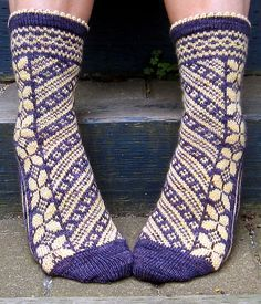 Butterflies are Free Socks. Free pattern