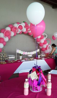 1000 images about decoraci n globos on pinterest - Decoracion para bautizo de nina ...