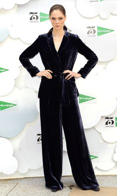 Every star, every dress, every day – don't miss a single look! Coco Rocha, Night Looks, Celebrity Outfits, Celebrity Style, Celebrity Red Carpet, Boys Style, Get The Look, Boy Fashion, Androgynous