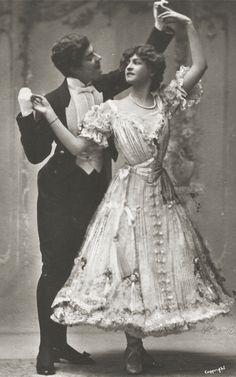 Gabrielle Ray & Dorothy Craske in Lady Madcap, 1905