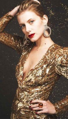 Melanie Laurent V Melanie Laurent, Freda Payne, Nastassja Kinski, French Actress, French Girls, Golden Girls, Holiday Fashion, Lady, Style Icons