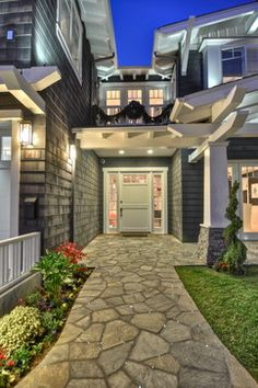 Modern Craftsman Home Exterior Design Ideas, Pictures, Remodel, and Decor - page 34 Craftsman Home Exterior, Modern Craftsman, Craftsman Style Homes, Traditional Exterior, My Dream Home, Dream Homes, Exterior Design, Future House, Beautiful Homes