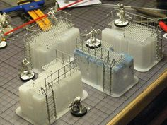 Sometimes terrain is easier than you think. We've found some interesting ideas about terrain made of cans and other trash. Game Terrain, 40k Terrain, Wargaming Terrain, Warhammer 40k Tabletop, Warhammer Terrain, Train Table, 3d Prints, Train Layouts, Tabletop Games