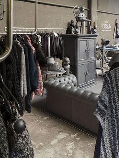 #AsGoodAsNew Pop up shop by i29, #Amsterdam store design