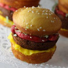 cheeseburger cupcakes!!!!!!!!!!!!!!!!