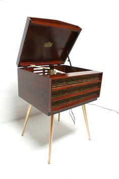 Mid Century Modern RCA Victor Record Player